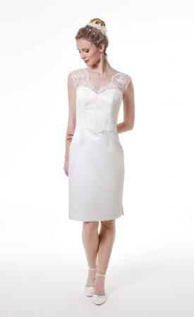 kurzes Brautkleid, tiefer Rückenausschnitt, Spitze