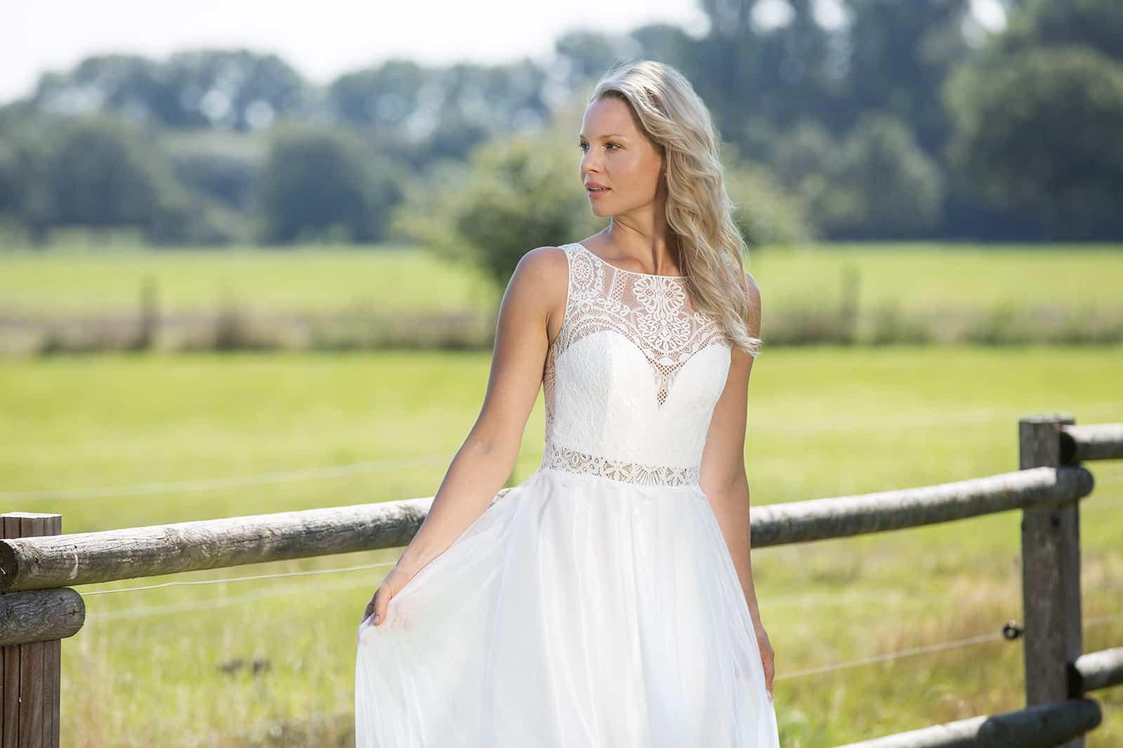 Boho-Brautkleid Spitze Herzausschnitt